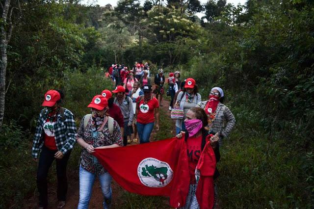 8 de Março: Mulheres do MST ocupam Fazenda de Eike Batista