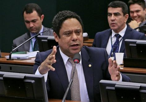 Orlando Silva faz balanço da Reforma Política aprovada na Câmara
