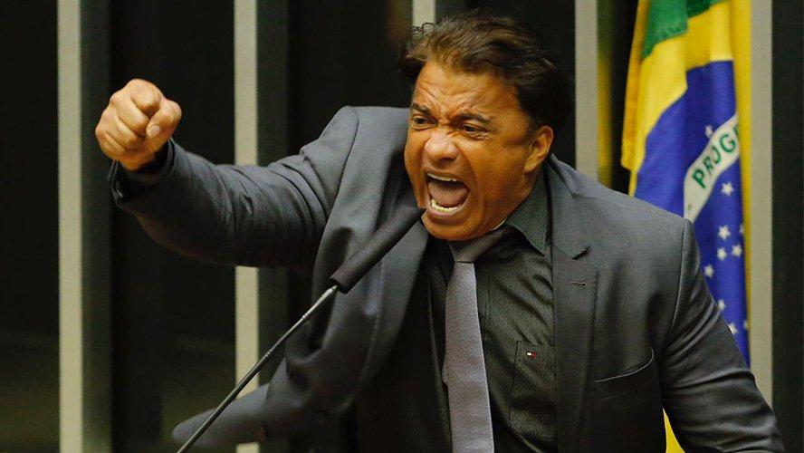 Câmara analisa processos contra deputado Wladimir Costa