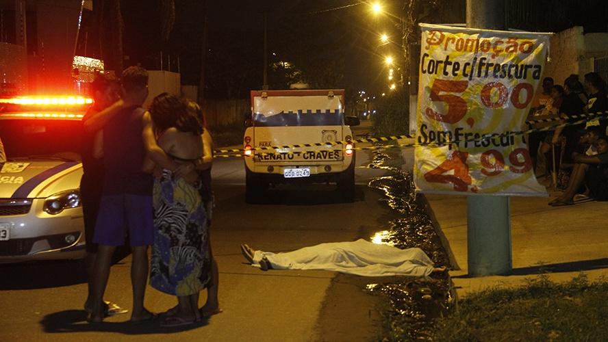 Carro branco leva terror à noite de Belém: cinco assassinatos