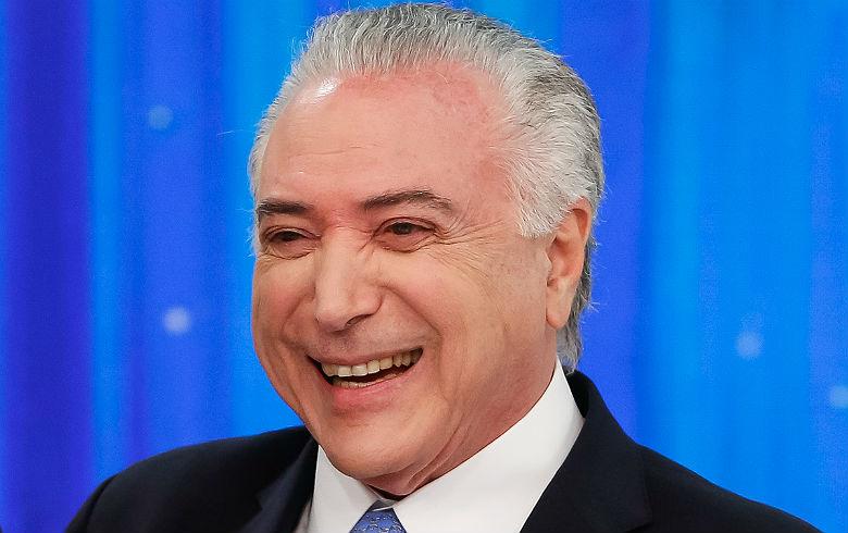 Neste Brasil, a Corte inteira está pelada e o mundo todo está vendo