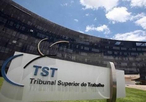 """TST ignora inconstitucionalidades e acelera adequação à """"nova CLT"""""""