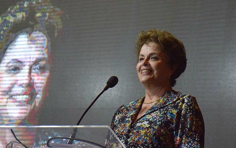 Dilma Rousseff: 'Presença de Lula nas eleições não depende deles, mas de nós'