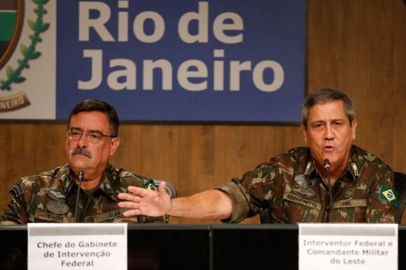 CEZAR BRITTO: Ex-presidentes da OAB criticam intervenção no Rio