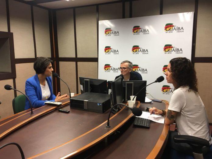 """""""Só acreditando na política transformaremos o Brasil"""", afirma Manuela"""