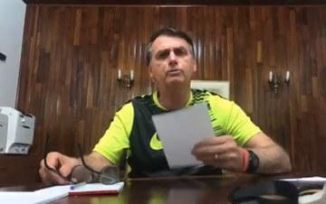 Em vídeo, Bolsonaro ataca índios, imigrantes e Ibama